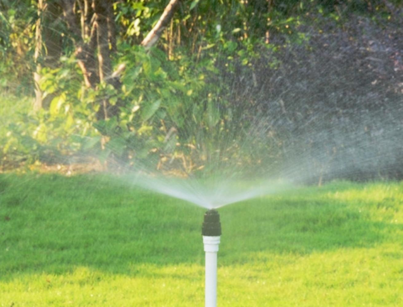 Middle distance nozzle